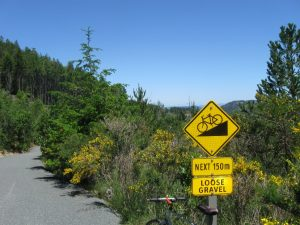 nice-viewpoint-to-the-rightr-east-at-9-4km-at-this-sign