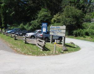parking-lot-at-mt-wells-humpback-reservoir