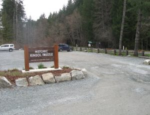 parking-area-and-trailhead
