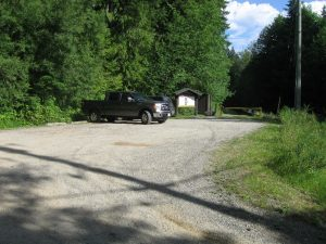 sooke-lake-road-parking-lot