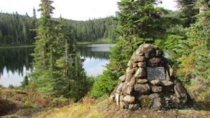 ds28-douglas-lake-and-cairn